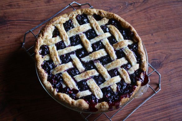 Wild Blueberry Cranberry Lattice Top Pie | Set the Net | Pinterest