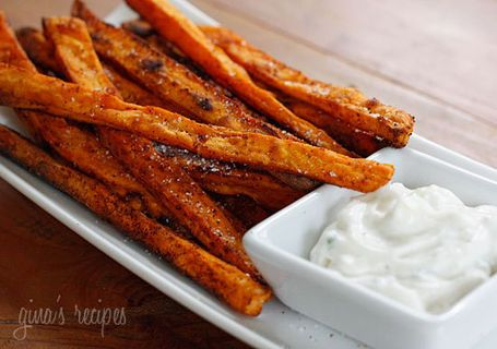 Baked Chipotle Sweet Potato Fries with Pumpkin Pie Dip