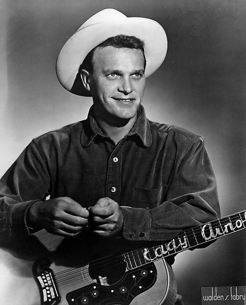how tall is eddy arnold