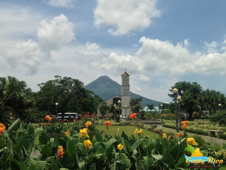 Out good here s arenal volcano taken from la fortuna town square