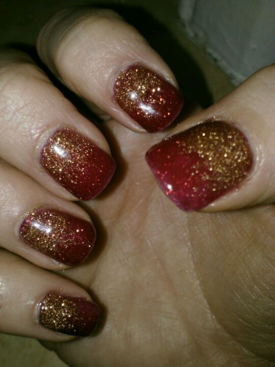 Christmas Ombre Nails with Shellac | Nails | Pinterest