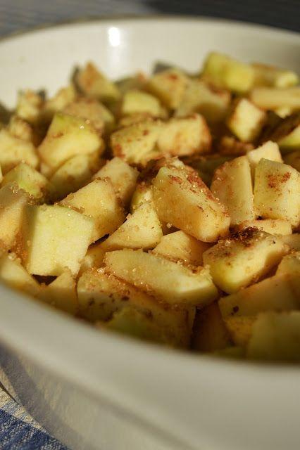 Homemade Apple & Rhubarb Crumble   Just Desserts!   Pinterest