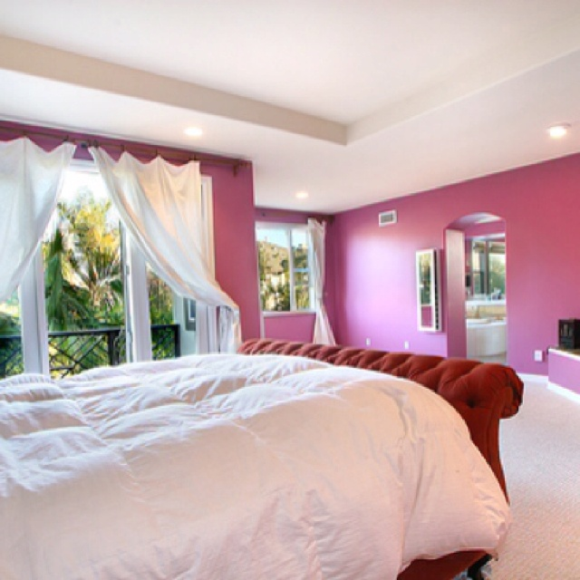 Raspberry and cream bedroom design pink color pinterest for Cream and pink bedroom ideas