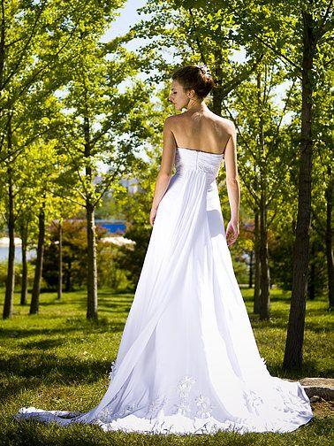 5af911bb8f3611b8dbfaf3159503347a 911 Operator Gives Wedding Dress