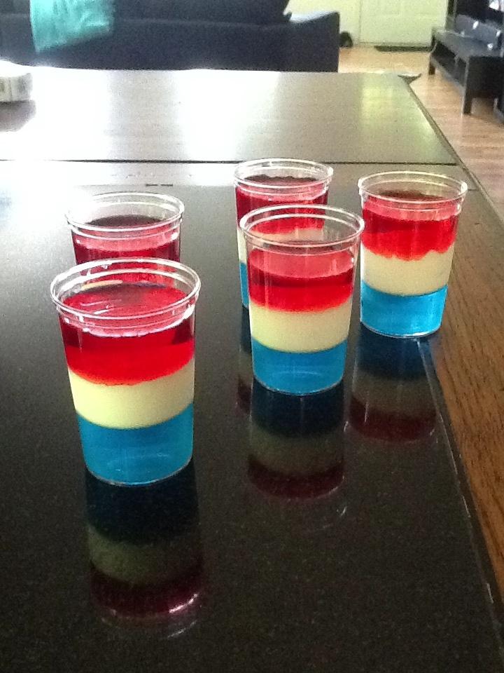 Patriotic Jell-O shots | •DRINK DRANK DRUNK• | Pinterest