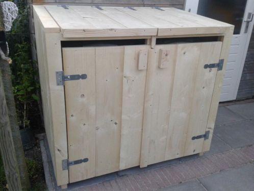 Steigerhouten kliko ombouw, mooi om de containers achter te verbergen ...