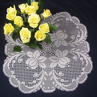Therese Flower Table Topper in Filet Crochet pattern by