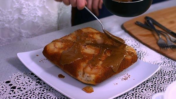 Peach Cornbread Cake with Brown Sugar Glaze - This delicious dessert ...