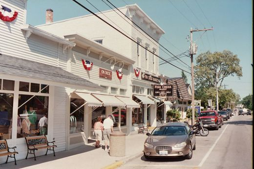 Fish creek shopping what i love about door county for Main street motel fish creek