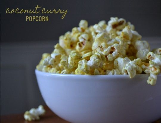 Coconut Curry Popcorn | The Clean Sheep | soul food | Pinterest