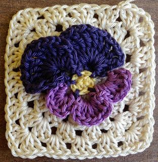 Spring Pansy Flower Granny Square: free pattern