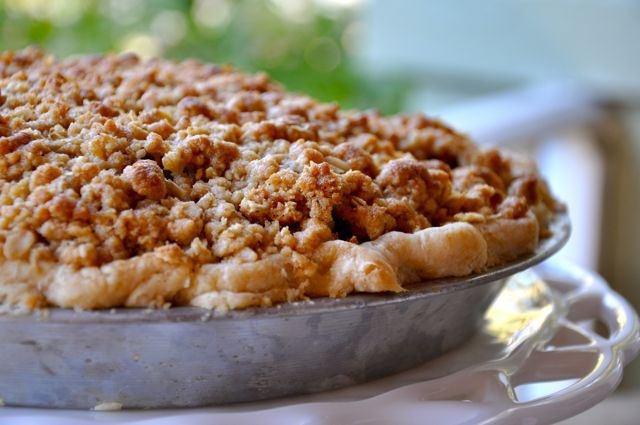 Old Fashioned Apple Pie with Crumb Topping. I only made the topping b ...