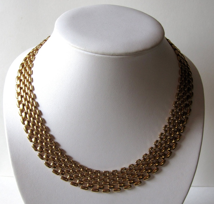 1950's Graduated Gold Collar Necklace. $30.00, via Etsy.    would love to wear with the myriad black shirts i wear every day