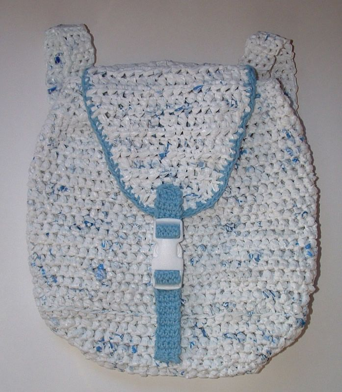 Free Crochet Patterns Plarn Bags : Pin by Barbara Binda on Crochet Purses/Cell Phone Holders ...