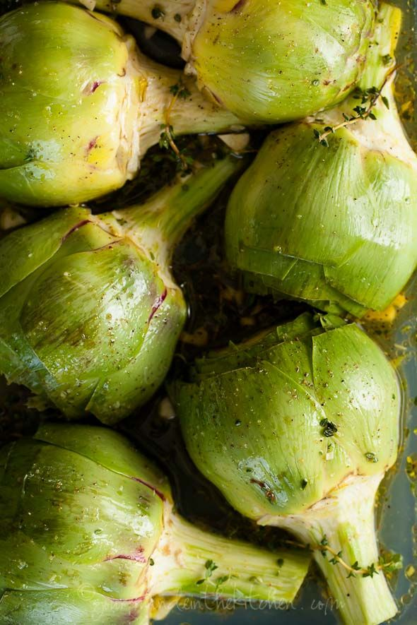 oven braised artichokes with garlic and thyme #artichokes #garlic