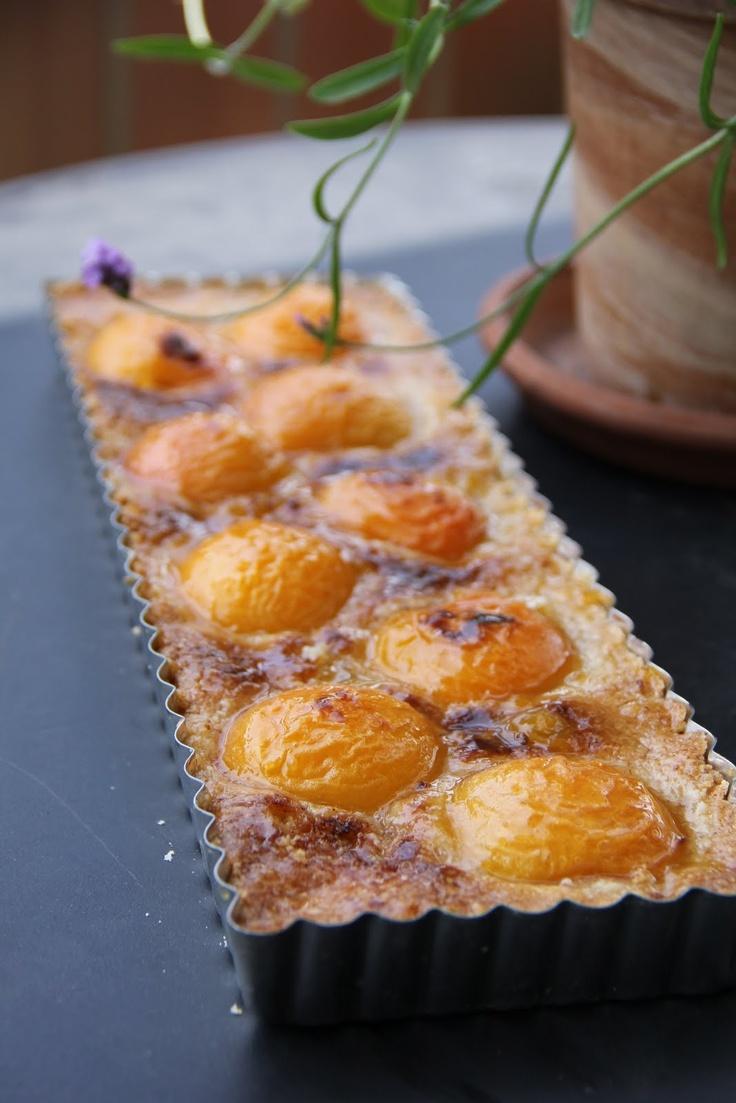 Apricot Almond Tart | Delicias y mas delicias!!! | Pinterest