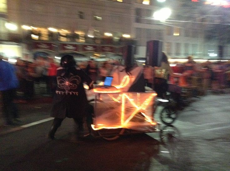 halloween parade new york photos