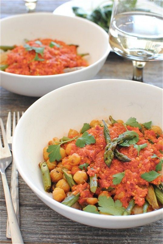 Roasted Asparagus and Chickpeas in a Spicy Sauce