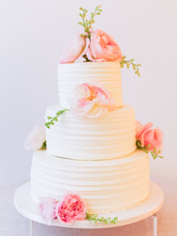 Wedding Cake With Combed Icing And Fresh Flowers Photography By Http