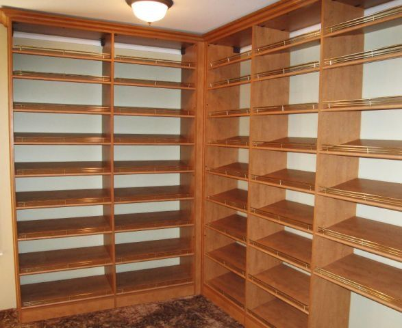 dream closet lots of shoe shelves dream house pinterest. Black Bedroom Furniture Sets. Home Design Ideas