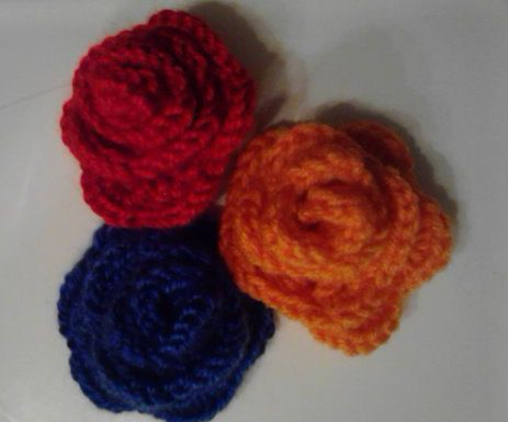 Rose hair clip crochet pattern by GeekNeeds on Etsy, $3.00