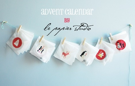 Simple and adorable DIY advent garland with free printable stickers