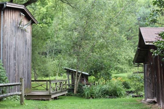 Catskills cabin yardening pinterest for Cabins in the catskills