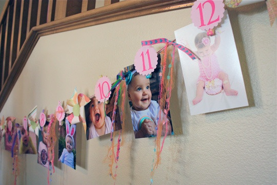first birthday photo string.