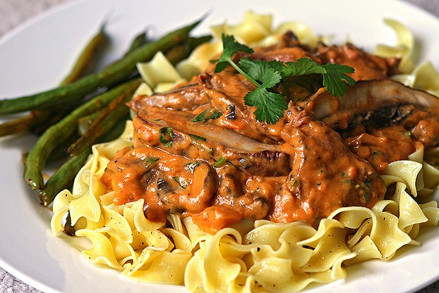 Portobello Stroganoff! Nhamii | Food for Soul | Pinterest