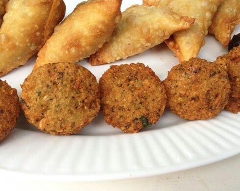 Somali baajiya and sambusa | Xawaash Somali Food Network | Pinterest
