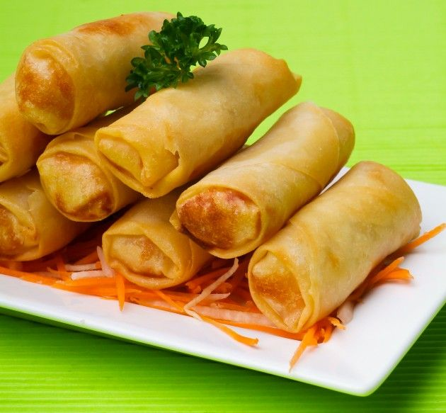 Spring rolls with chicken | PARTY snacks | Pinterest