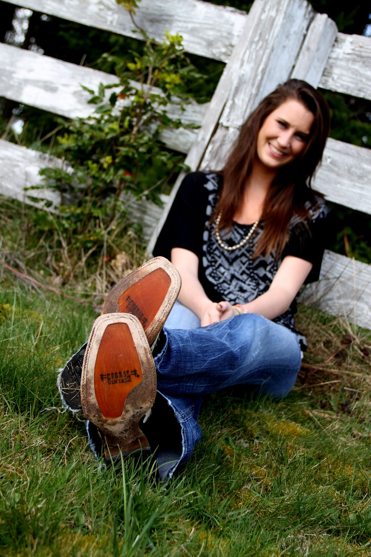 Cowgirl boots | ..when i become a senior | Pinterest