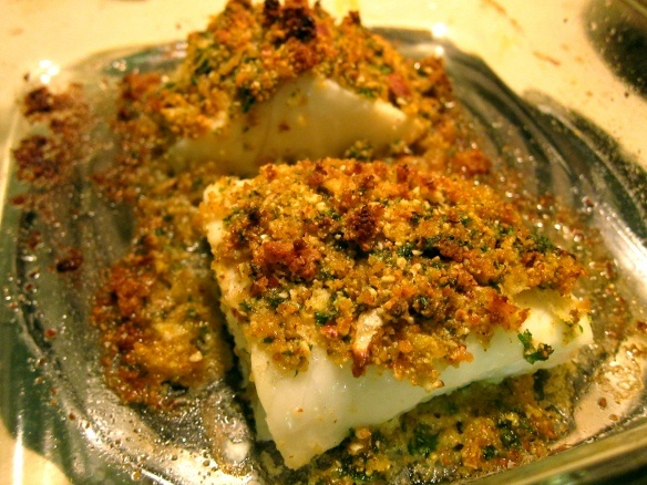 Herb-Crusted Cod Fillets and Scalloped Potatoes - Used almond flour, I ...