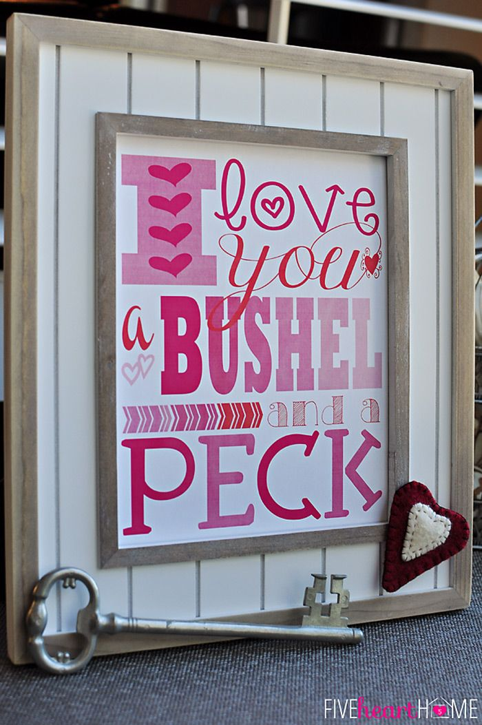 Free Printables for Valentine's Day {I Love You a Bushel and a Peck} ~ 8x10 Print and Notecards | FiveHeartHome.com #yearofcelebrations