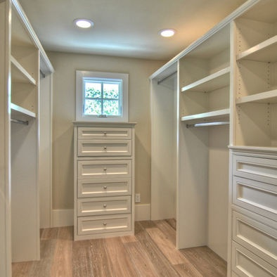 Small walk in closet design home for us pinterest - Houzz master bedroom walk in closets ...