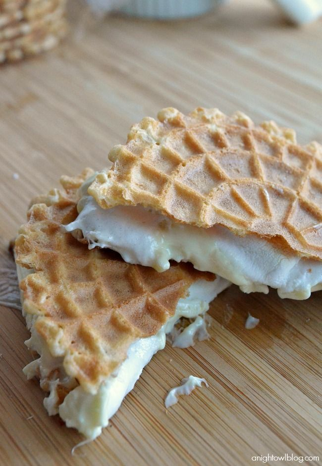 Italian White Chocolate Waffle Cookie S'mores