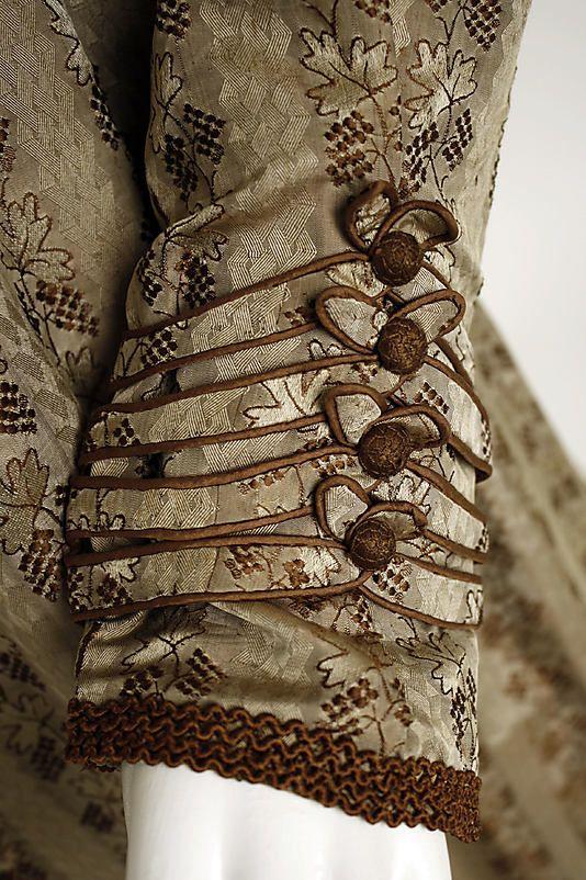 Silk dress, cuff detail - c1820