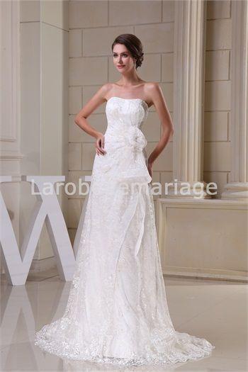 Robe de mariée A-ligne agrémentée de broderie et fleur à la main ...