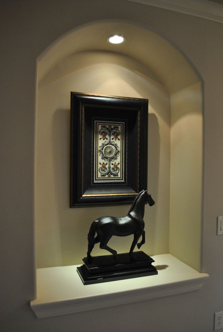 Art niche entryways pinterest for How to decorate an alcove in a wall