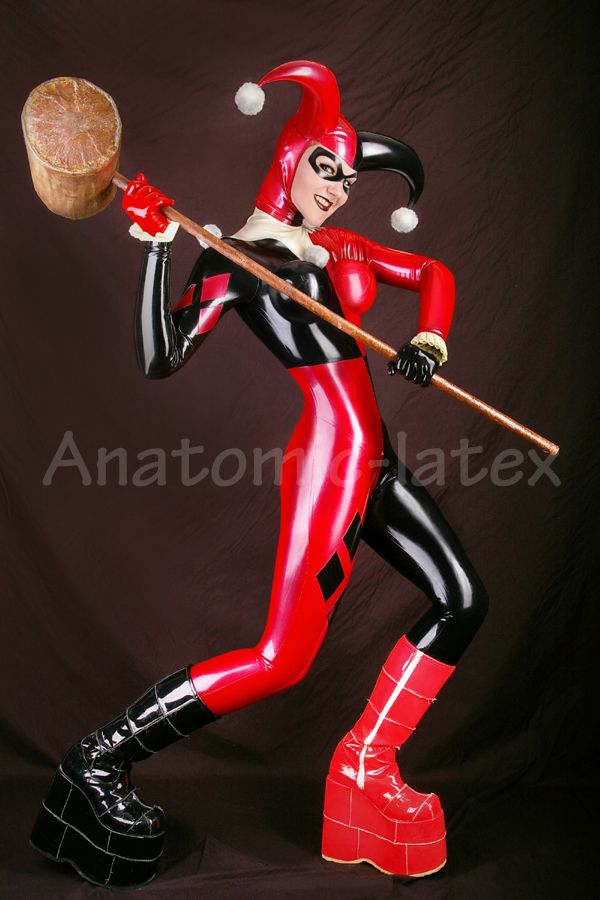 Latex harley quinn cosplay