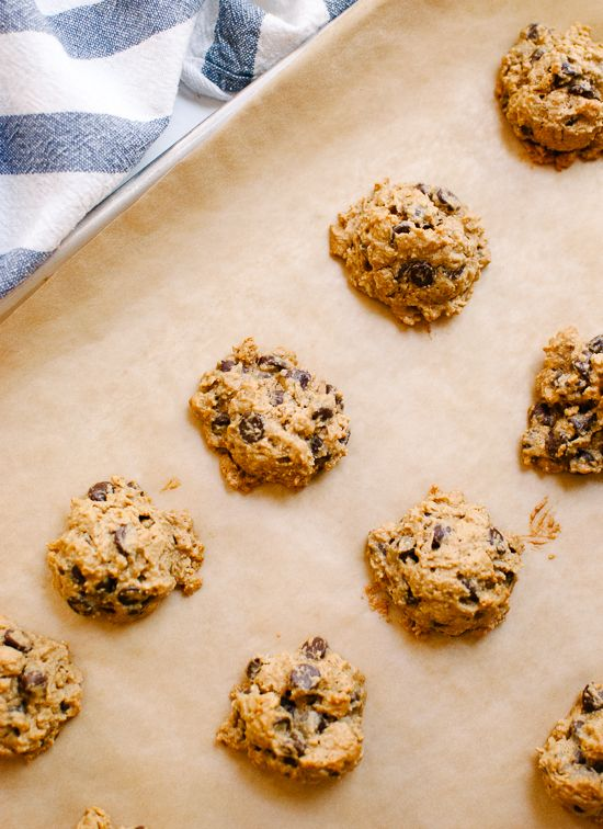 Cookie + Kate: Maple Peanut Butter Chocolate Chip Cookies! This cookie ...