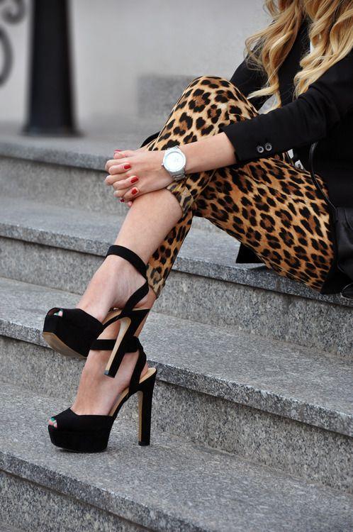 Black coat leopard pants with stylish sandals