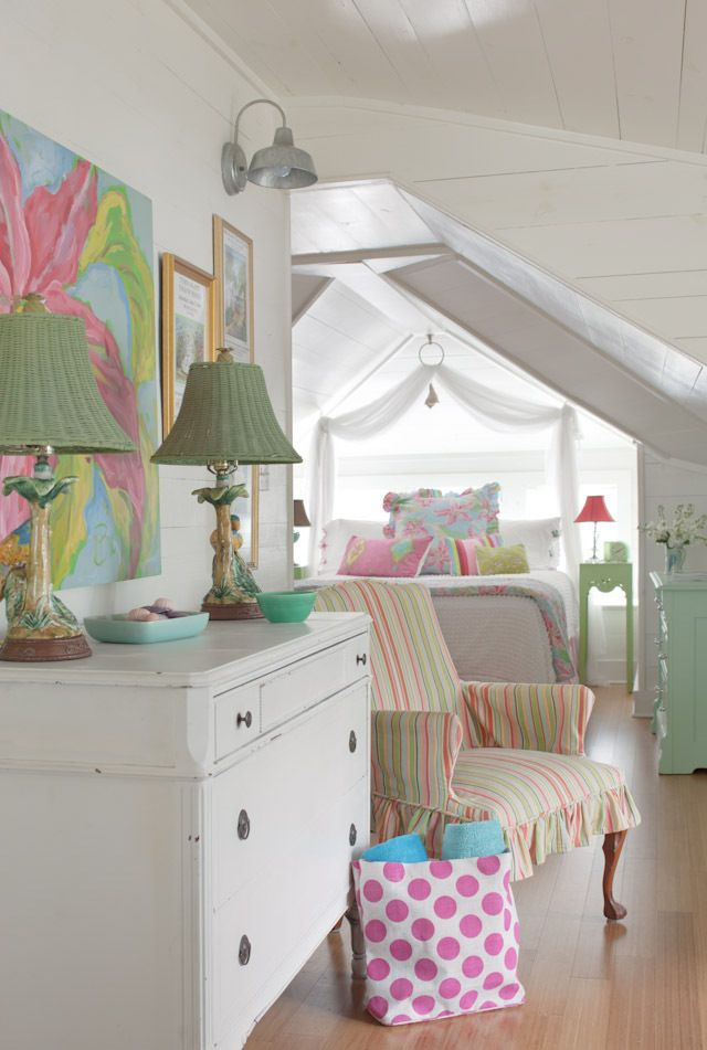 pretty girls attic space