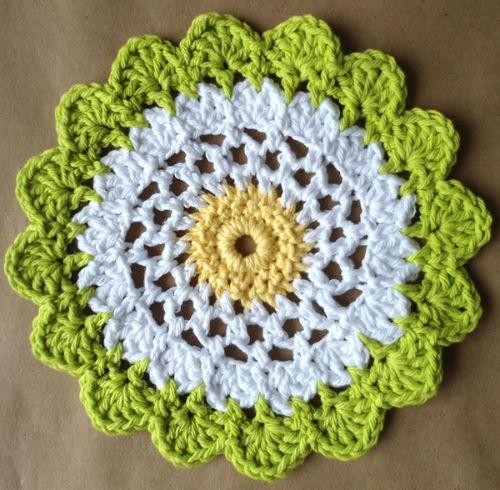 flower dishcloth Crochet Pinterest