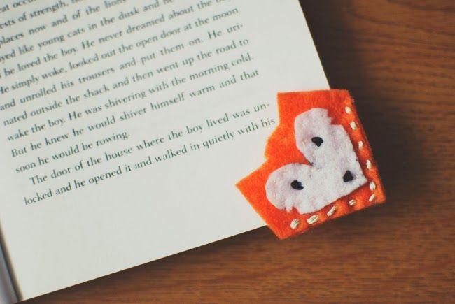 This Lovely Little Day: Handmade Felt Bookmarks