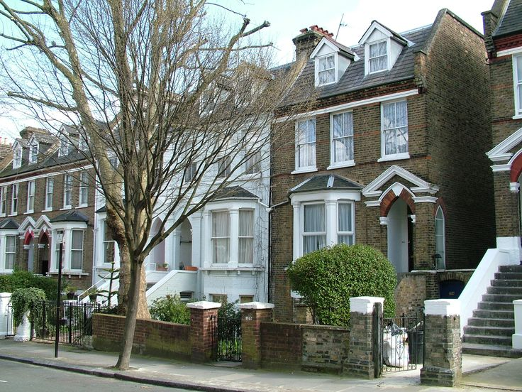 Victorian row houses homes victorian pinterest for Victorian house facts