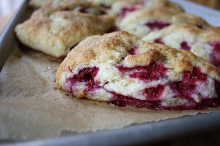 Vanilla Bean Raspberry White Chocolate Scones! http://www ...
