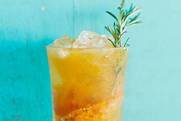 Rosemary + Citrus Cocktail // | D R I N K | Pinterest