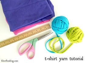 shirt yarn tutorial by Fiberfluxblog.com | How to make yarn out of ...