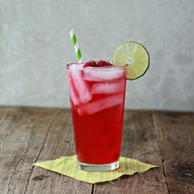Iced Raspberry Green Tea Limeade | cheers to that. | Pinterest